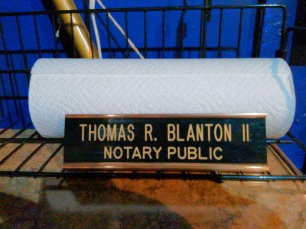 desk-plaque